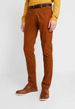 CLASSIC WITH BELT - Chinos - light brown