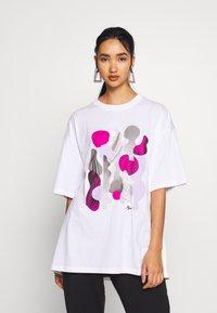 Monki - CISSI TEE  - T-shirts - white - 0