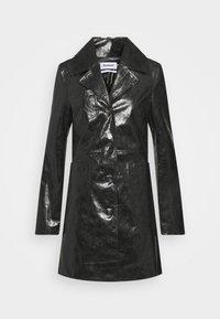 HANNA - Short coat - black