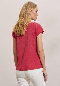 Odd Molly - BETH - Basic T-shirt - pink fudge - 2
