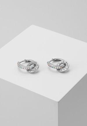 RAINBOW INTERLINK HUGGIE HOOPS  - Earrings - silver-coloured