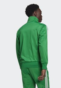 adidas Originals - FIREBIRD ADICOLOR PRIMEBLUE ORIGINALS - Training jacket - green - 1