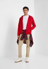 Polo Ralph Lauren - DOUBLE-KNIT FULL-ZIP HOODIE - Tröja med dragkedja - red - 1