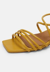 Toral - Sandals - yellow - 5