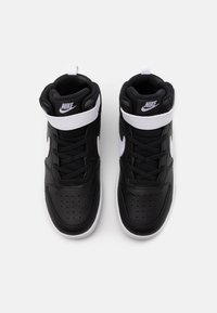 Nike Sportswear - COURT BOROUGH MID 2 UNISEX - Sneakers hoog - black/white - 3