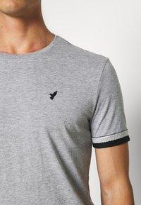 Pier One - Print T-shirt - grey - 5