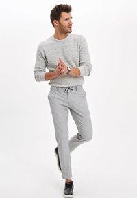 DeFacto - Jersey de punto - grey - 1