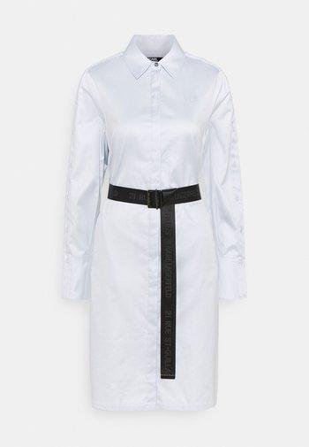 CHINTZ SHIRT DRESS - Shirt dress - artic ice