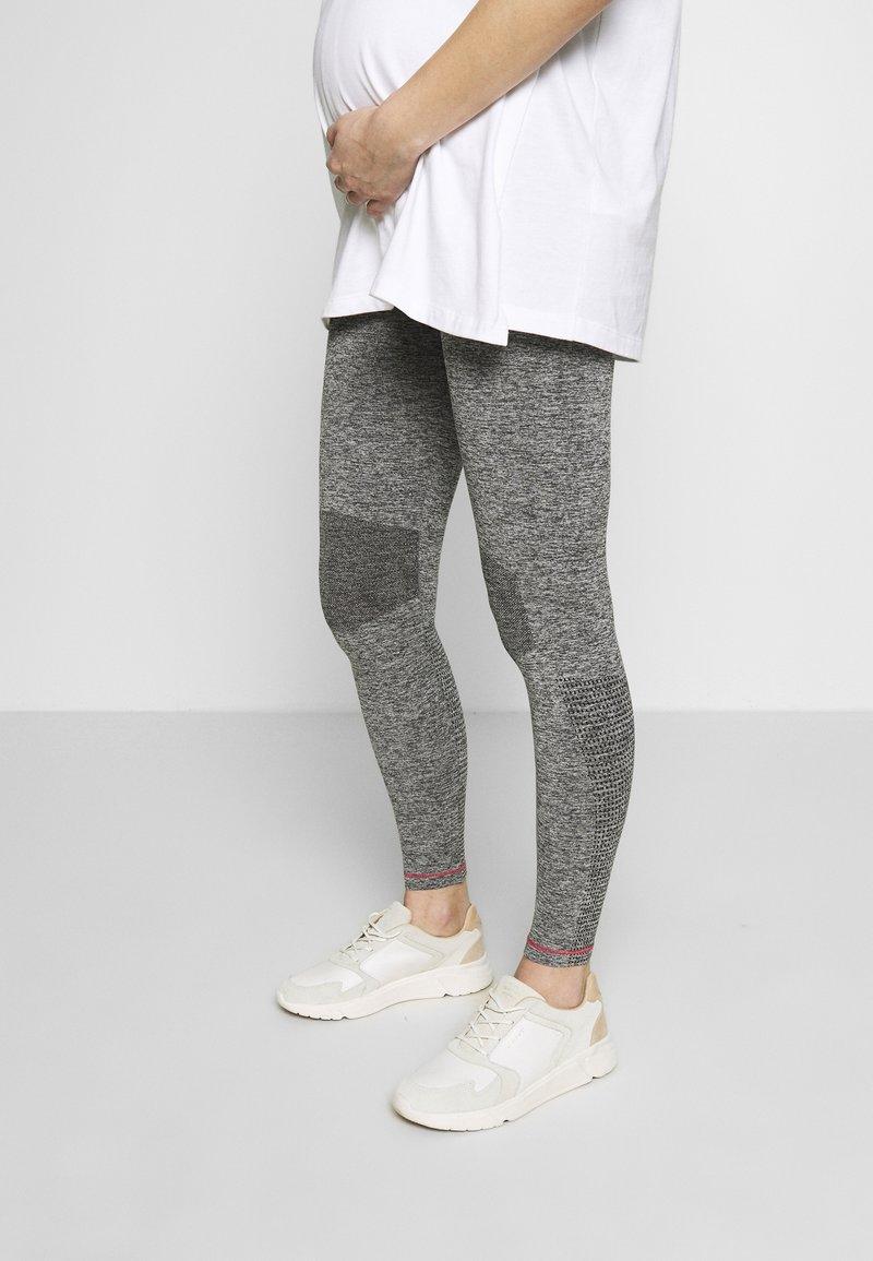 MAMALICIOUS - ACTIVE TIGHTS  - Leggings - Trousers - medium grey melange