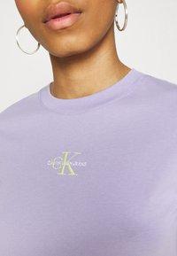 Calvin Klein Jeans - MONOGRAM LOGO TEE - T-shirt basique - palma lilac - 3
