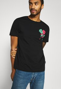 YOURTURN - UNISEX - Print T-shirt - black - 3