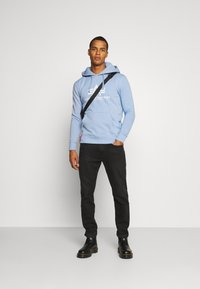 Alpha Industries - BASIC HOODY - Sweatshirt - light blue - 1