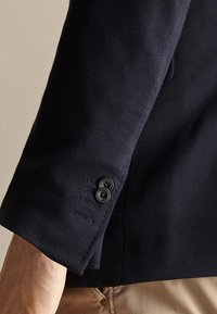 Massimo Dutti - MIT STRUKTURMUSTER  - Blazer jacket - dark blue - 3