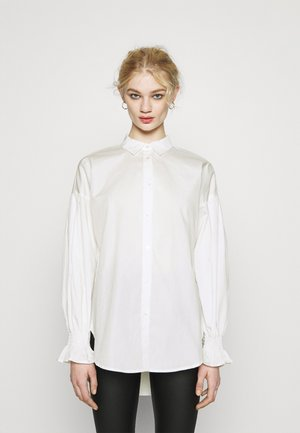 VIGAMI VOLUME  - Button-down blouse - snow white