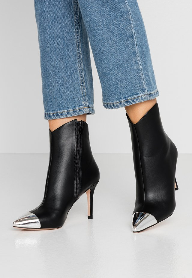 BECKS - Bottines à talons hauts - black
