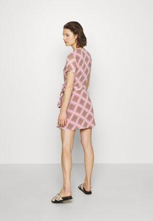 KLEA SHORT DRESS - Kjole - pink