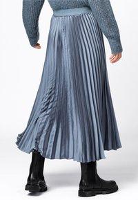 HALLHUBER - A-line skirt - rauchblau - 1