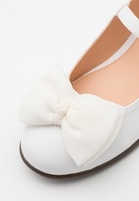 Friboo - Ankle strap ballet pumps - white - 5