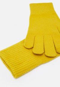 Marks & Spencer London - SOFT GLOVE - Gloves - ochre - 2