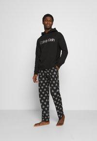 Calvin Klein Underwear - HOODIE - Hoodie - black - 1