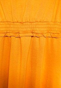 Vila - VITINNY WAIST DETAIL DRESS CAMP - Vestito estivo - pumpkin spice - 4