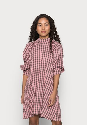 CHECK HIGH NECK DRESS - Day dress - pink