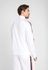 Reebok - WORKOUT READY TRAINING LONG SLEEVE T-SHIRT - Maglietta a manica lunga - white - 2