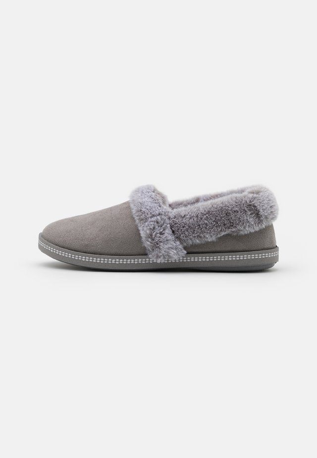 COZY CAMPFIRE - Slippers - charcoal