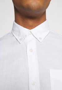 Jack & Jones - JJEOXFORD SHIRT  - Shirt - white - 6
