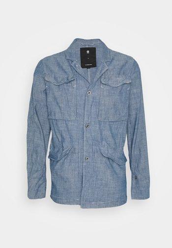 VODAN WORKER BLAZER - Blazer jacket - lt wt blue lockstart chambray - rinsed