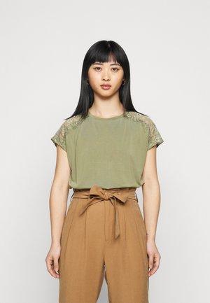 ONLFFREE - Basic T-shirt - deep lichen green