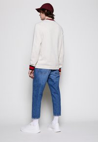 Lyle & Scott - CREW NECK - Stickad tröja - vanilla ice marl - 2