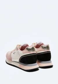 Pepe Jeans - DOVER BASS - Trainers - face - 3