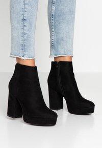 ONLY SHOES - ONLBRIN - Kotníková obuv na vysokém podpatku - black - 0