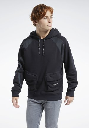 CLASSICS POCKET HOODIE - Sweat à capuche - black
