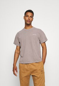 BDG Urban Outfitters - TEE UNISEX - Basic T-shirt - stone - 0