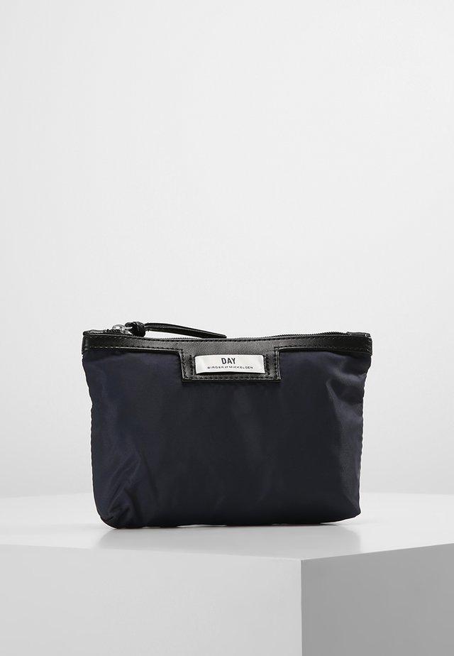 GWENETH MINI - Wash bag - navy blazer