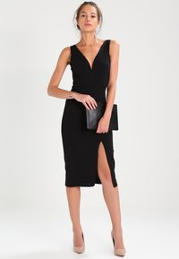 WAL G. - V NECK MIDI  - Shift dress - black - 1