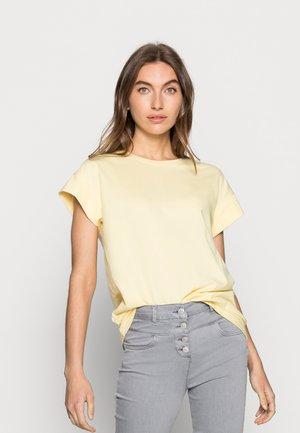 ALVA SEASONAL TEE - Basic T-shirt - pale banana