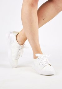 The Perfect Bridal Company - PIA - Trainers - ivory - 0