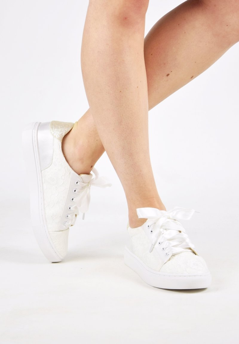 The Perfect Bridal Company - PIA - Trainers - ivory