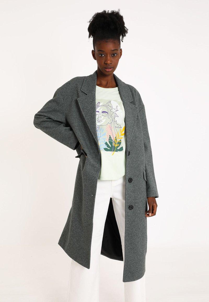 Pimkie - Klasický kabát - grau
