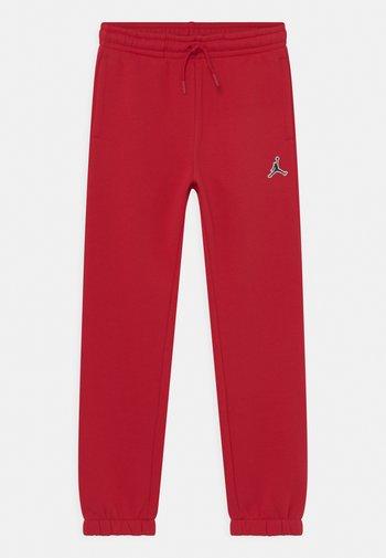 JUMPMAN PANTS UNISEX - Pantaloni sportivi - gym red