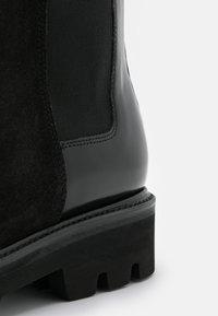 Grenson - DORIS - Plateaulaarzen - black hi shine/black - 6
