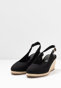 Evans - WIDE FIT SLING BACK WEDGE - Sandalias de cuña - black - 4