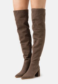 Missguided - LOW BLOCK HEEL BOOTS - Over-the-knee boots - mink - 0