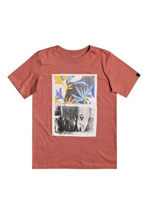 QUIKSILVER™ OVERSIZED - T-SHIRT FÜR JUNGEN 8-16 EQBZT04133 - Print T-shirt - redwood