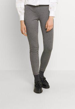 ONLINA HIGHWAIST - Trousers - cloud dancer/black
