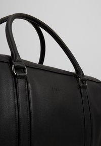 Pier One - UNISEX - Weekend bag - black - 3