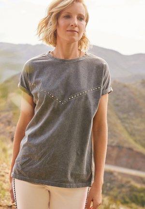 SAVANNAH MILLER  - Print T-shirt - grey